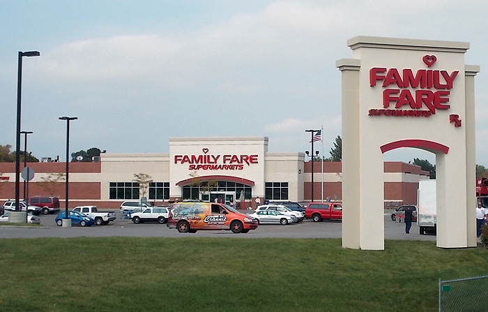 Family-Fare-Manistee