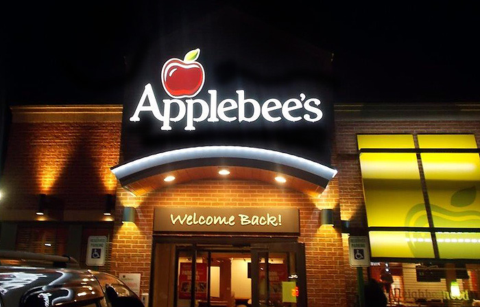 applebees sign night