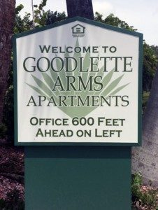 florida apartment complex sign