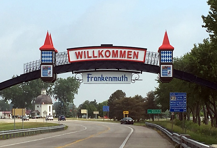 arch sign frankenmuth mi