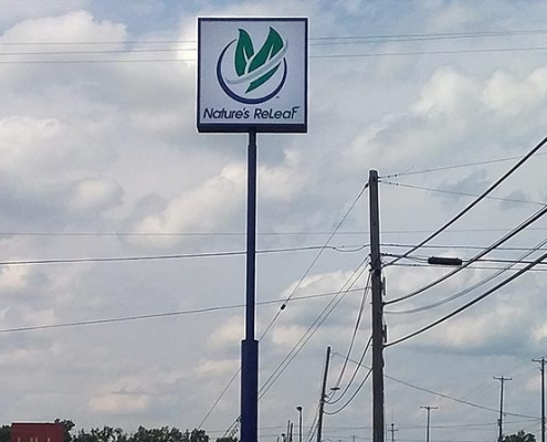 35 foot tall pole sign